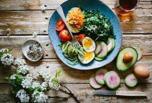 Le régime paléo est un retour aux aliments bruts issus directement de la nature.